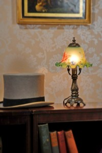 Top hat and lamp
