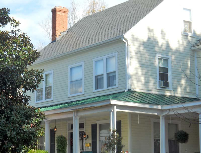 Grey Swan Inn Exterior